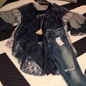 🆕🔥NWOT Umgee Lace Kimono